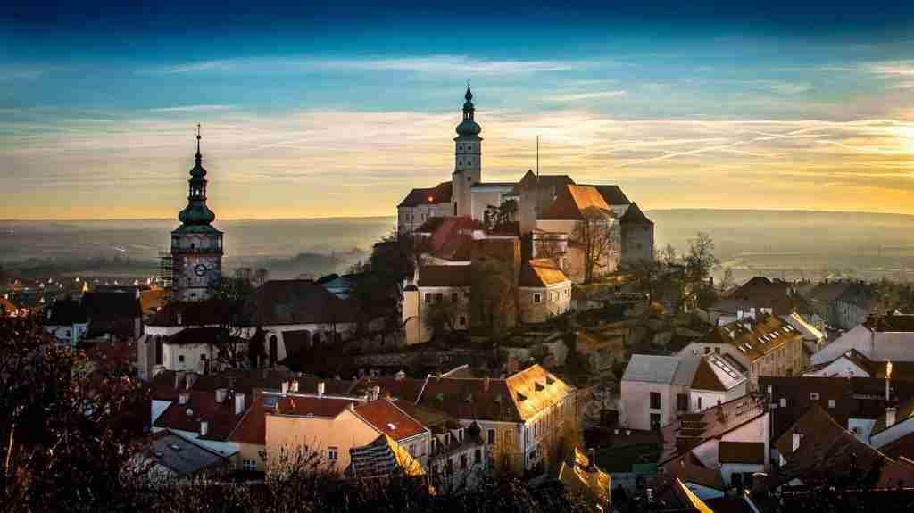 الدراسة في التشيك مجّاناً