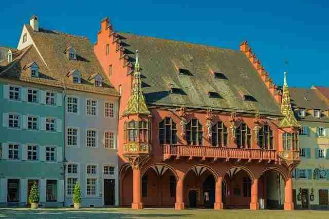 الدراسة والعيش في مدينة فرايبورغ الألمانية