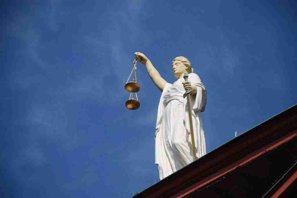 منحة جامعة أمستردام Mr Julia Henriëtte Jaarsma-Adolfs في مجال القانون Law